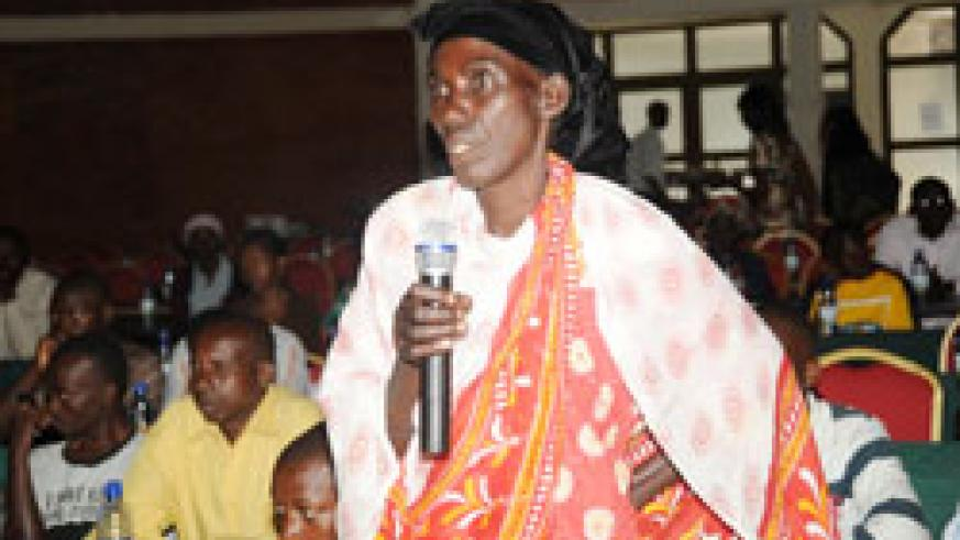 One of the parents speaks during a meeting that brought together parents with children in Iwawa (File Photo)