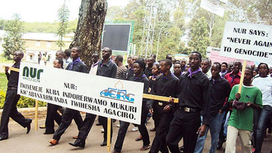 Students arrive at NUR after a 'Walk to Remember' in Butare town (photo Bucyensenge)