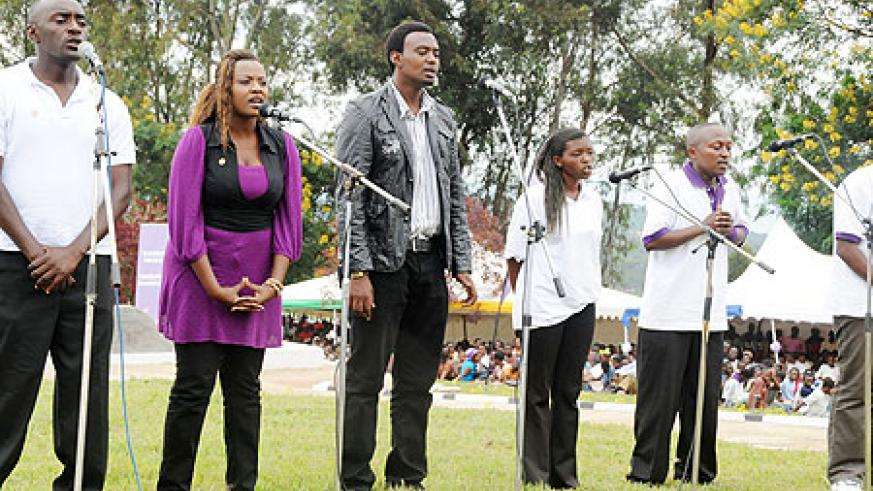 Artistes perform at the closure of the commemoration week. (All photos: T. Kisambira)