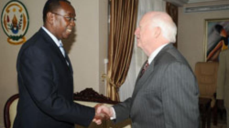 Prime Minister Bernard Makuza receives Dr. Mike Armour at his office, yesterday. (Photo J Mbanda)