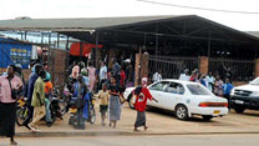 Kicukiro Market is said to be responsible for congestion and road accidents in Kicukiro Centre. It will soon be relocated (File Photo).