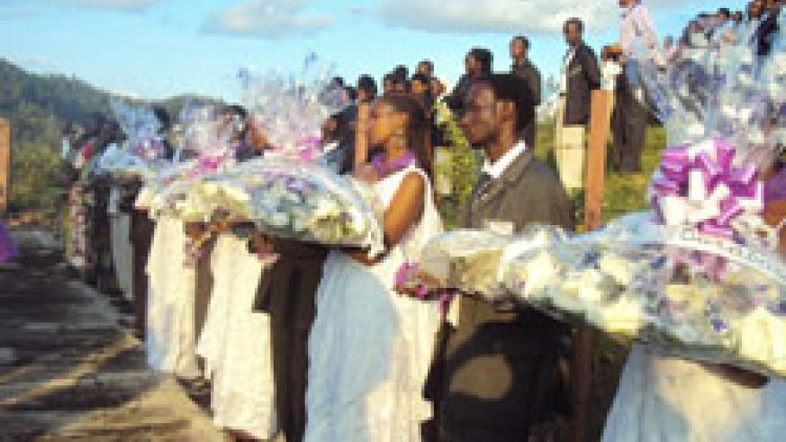 RIP Students prepare to lay wreaths at a memorial centre in Karongi district (photo S Nkurunziza)