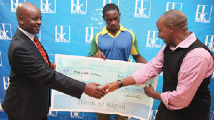 Bank of Kigali has bankrolled the national cricket team with Rwf1m ahead of the ICC Africa Division 2 tournament in South Africa. (Photo / T. Kisambira)