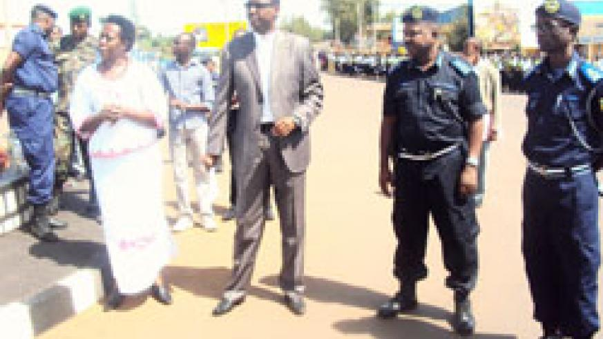 Minister Protais Mitali (2ndR) and other officials  at Kayonza main round about. (Photo S. Rwembeho)