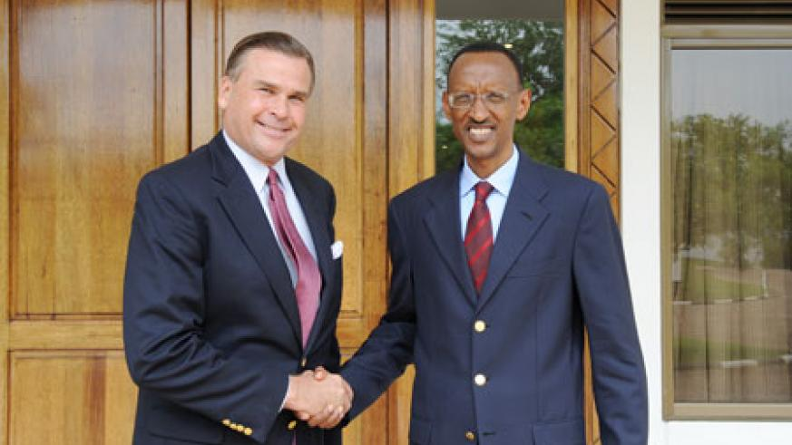 President Kagame with outgoing US Ambassador, Stuart Symington, at Village Urugwiro, yesterday. (Photo Village Urugwiro)