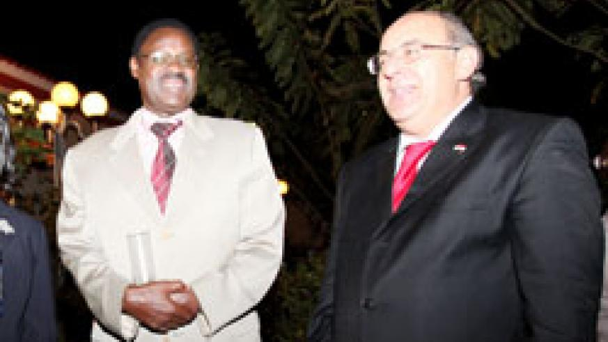 The Egyptian ambassador, Khaled Abdelrahman (R)with Ben Rutsinga an official with the Foreign Affairs Ministry (Photo T Kisambira)