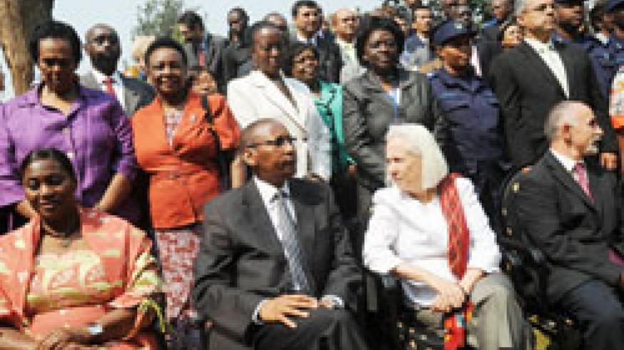 John Rwangombwa, Rwanda's Minister of Finance and Joanne Sandler, Senior Advisor for Policy and Programmes, UN Women in a group photo with participants.