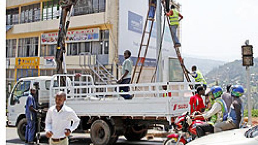 Traffic lights being installed at Kigali's Yamaha–Muhima area The New Times /T.Kisambira