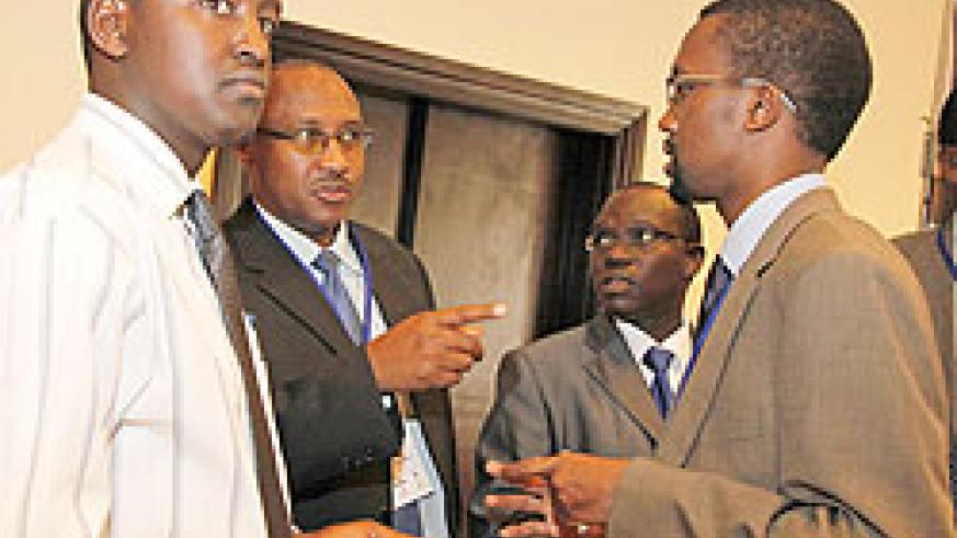 (L-R)Patrice Mulama of MHC, Cabinet Affairs minister Protais Musoni, Safari Gaspard of RJA and Omar Faruk Osman president of FAJ during the meeting. The New Times File photo