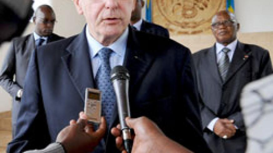The IOC president, Jacques Rogge, speaks to reporters after meeting with President Kagame at Village Urugwiro, yesterday. The New Times /Village Urugwiro.