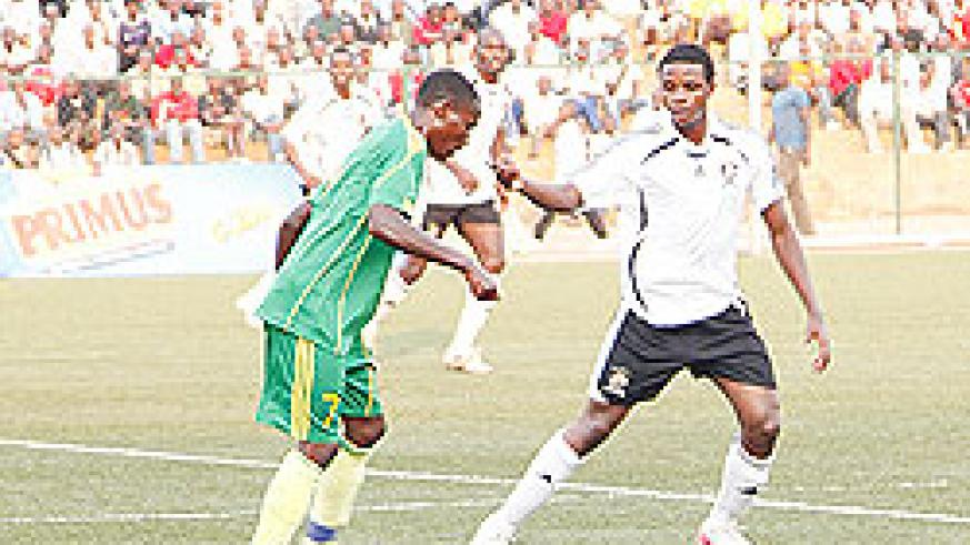 Burundian international midfielder Faty Papy (right), and seen here during the game against Marine, has made an instant impact on his APR career. The New Times / Timothy Kisambira.
