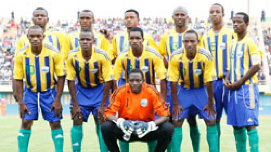 Amavubi players pose for a team photo shortly before their return leg qualifier against Ivory Coast. The New Times / T. Kisambira.