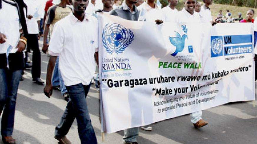 The youth turned up in large numbers to mark the World Peace Day yesterday. The New Times/Timothy Kisambira.