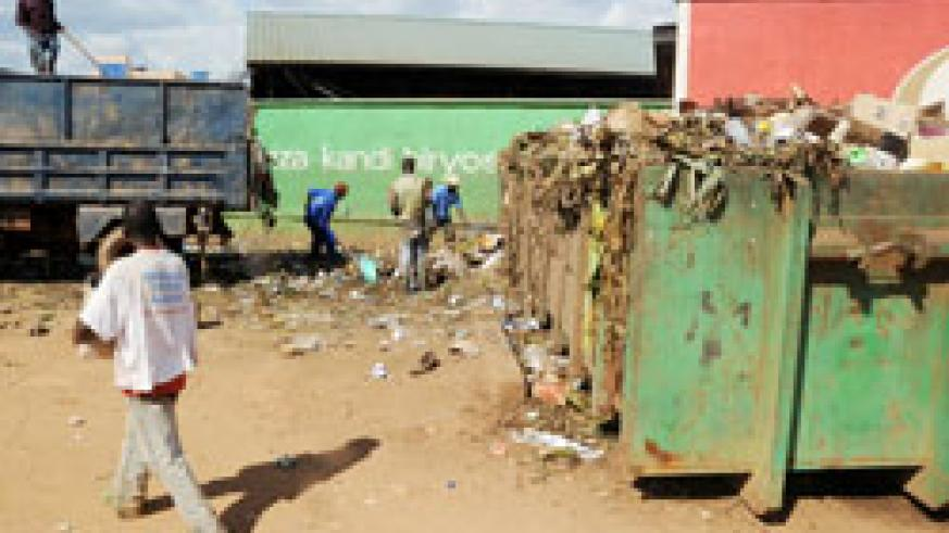 Garbage collection at Kimironko market yesterday afternoon.The foul smell has irked residents. The New Times / J Mbanda.