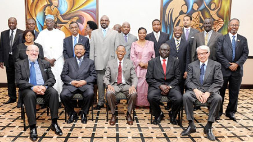 President Kagame (c) with delegates after the opening of the regional conference on the abolition of the Death Penalty in Kigali, yesterday. The New Times / Village Urugwiro.