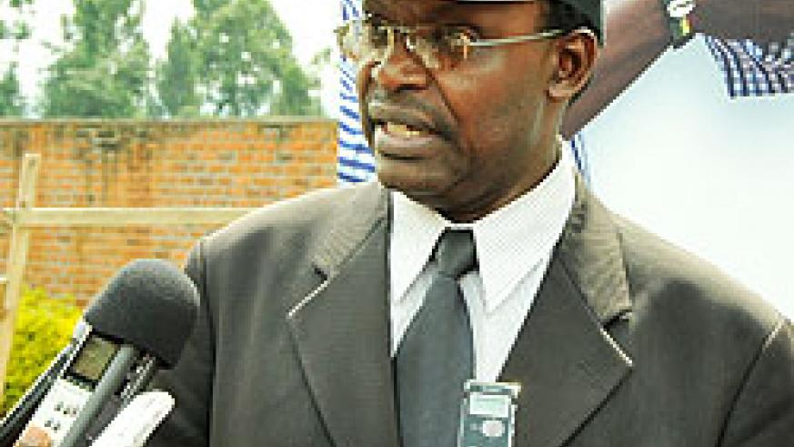 Trade and Industry Minister Francois Kanimba speaks at the launch of the Hanga Umurimo campaign in Musanze District yesterday.