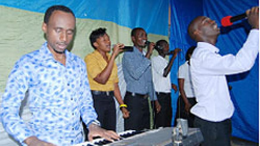 Albert Ndanyuzwe (R) performs during the concert. Courtesy photo.