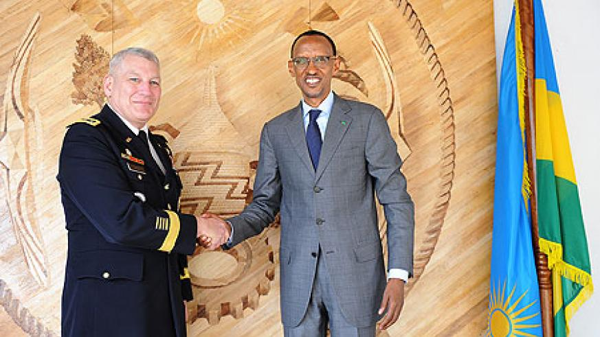 President Kagame yesterday received USAFRICOM Commander, Gen. Carter Ham. The New Times / Village Urugwiro