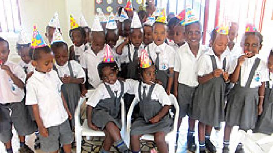 The class was happy to celebrate Lisa and Liza's birthday.
