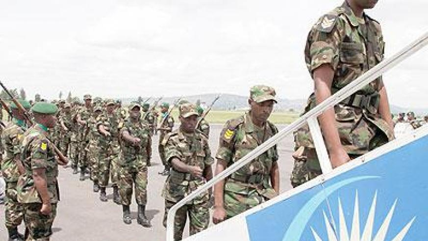 RDF Soldiers leaving for South Sudan. The Sunday Times / Timothy Kisambira
