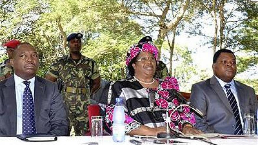 Malawian President Joyce Banda addresses a media conference in the capital Lilongwe. Net photo.