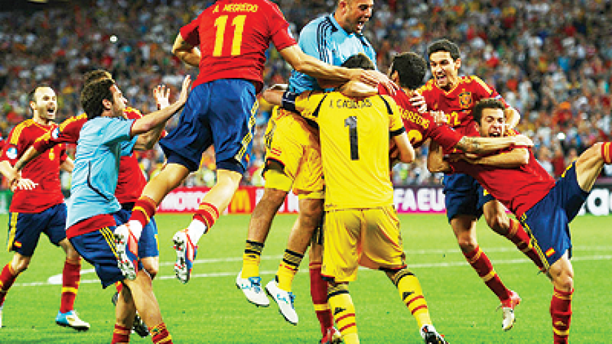 Despite Portugal's resillience it will be the reigning champions who will meet Italy in the final of Euro 2012. Net photo.