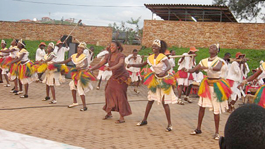Ndere Troupe performing  a traditional dance.  Net photo