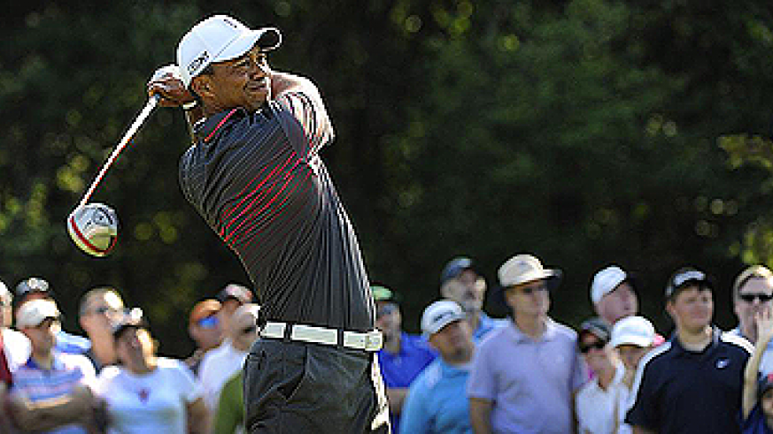 Tiger Woods fired a seven-under 64 to finish two shots off the lead at the Deutsche Bank Championship. Net photo.
