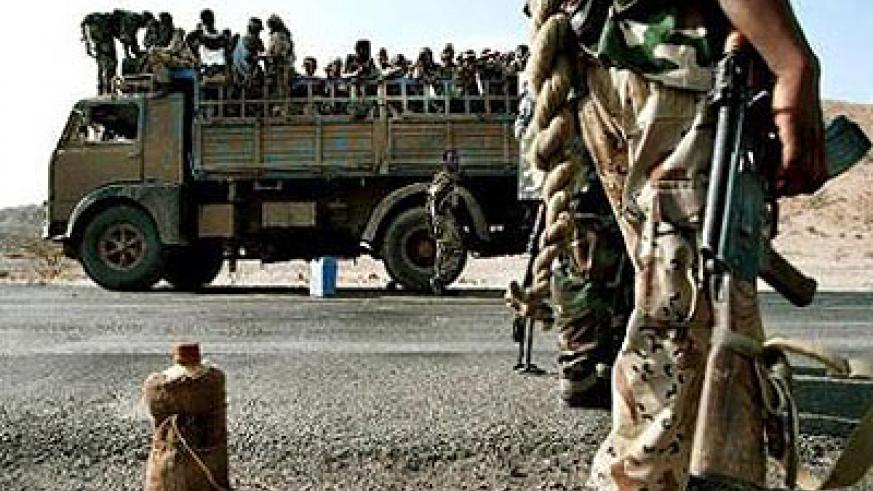 Eritrean army reinforcements near the western city of Barentu, some 180 kms from the capital Asmara. Eritrean authorities say order has been restored after some 200 mutineers seized the building to call for political reform, diplomatic and diaspora. Net Photo.