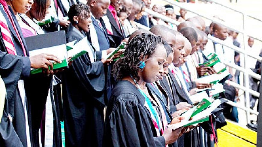 Graduands at the recent KHI graduation ceremony.  The New Times/ File.