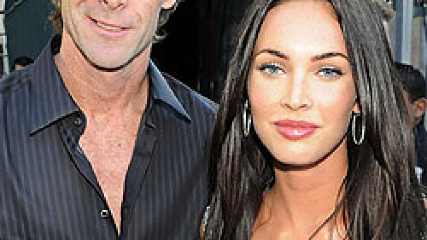 Michael Bay and Megan Fox attend the MTV Movie Awards on June 1, 2008 in Universal City, California. Net photo.