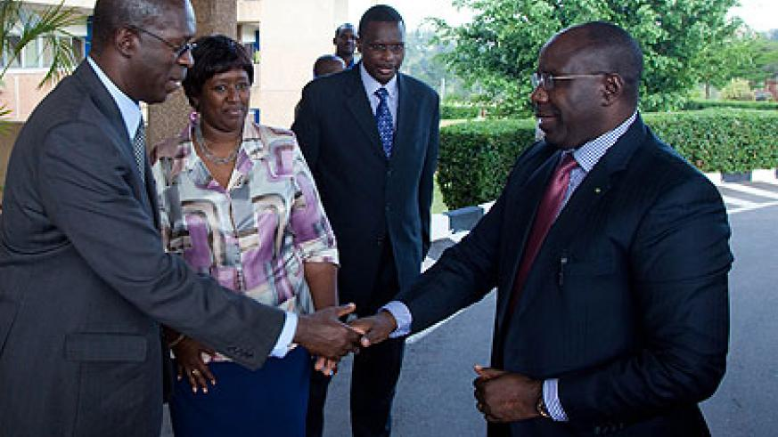 Murekezi (L), welcomes Prime Minister Habumuremyi to King Faisal Hospital as Binagwaho, and Dr. Alex Butera, the facility's CEO  look on.   The New Times/Timothy Kisambira.