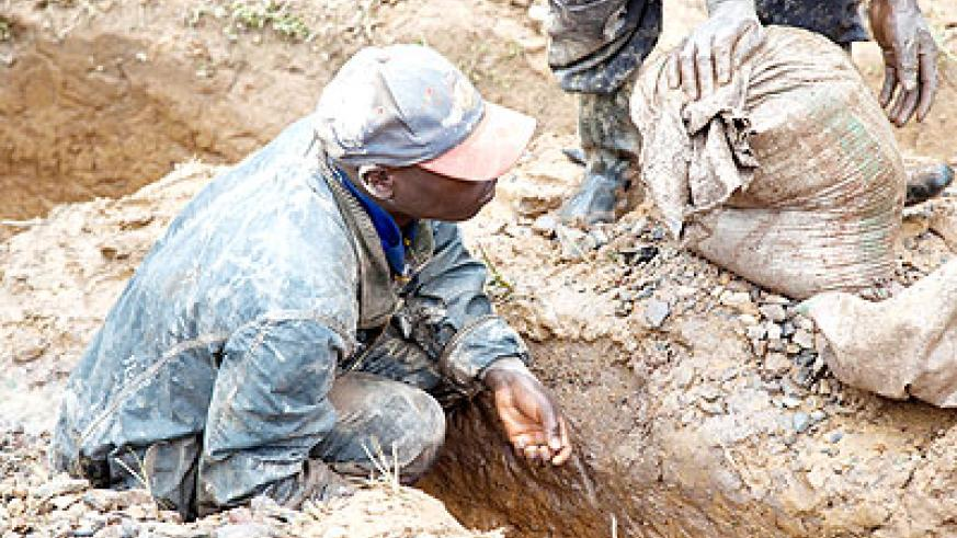 A man mining colatan in Rutsiro. MPs want government to ensure that the welfare of miners is catered for.   The New Times/  File