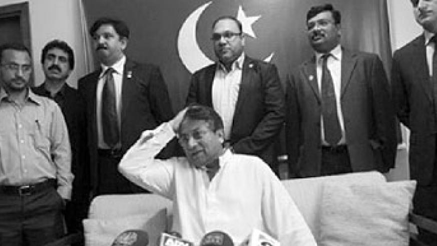 Musharraf speaks to a journalist upon his arrival in Karachi; He returns to Pakistan amid death threats. Net photo.
