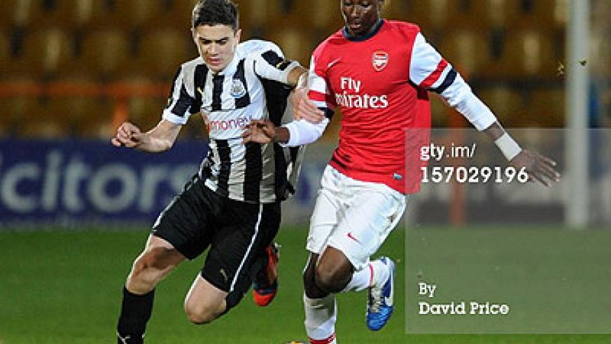 Alfred Mugabo of Arsenal takes on Alex Gillead of Newcastle during the FA Youth Cup 3rd Round match between Arsenal and Newcastle United at Underhill Stadium last year. Net photo.