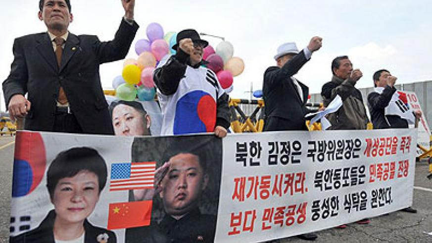 Workers at Kaesong, the North's last economic link with the South, have been leaving amid the tension. Net photo.