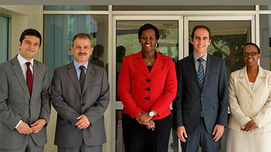 First Lady Jeannette Kagame (C)  and the RECA delegation after the meeting. Right is Sharon Haba, the Permanent Secretary in the Ministry of Education.   The New Times/ Courtsey Photo.