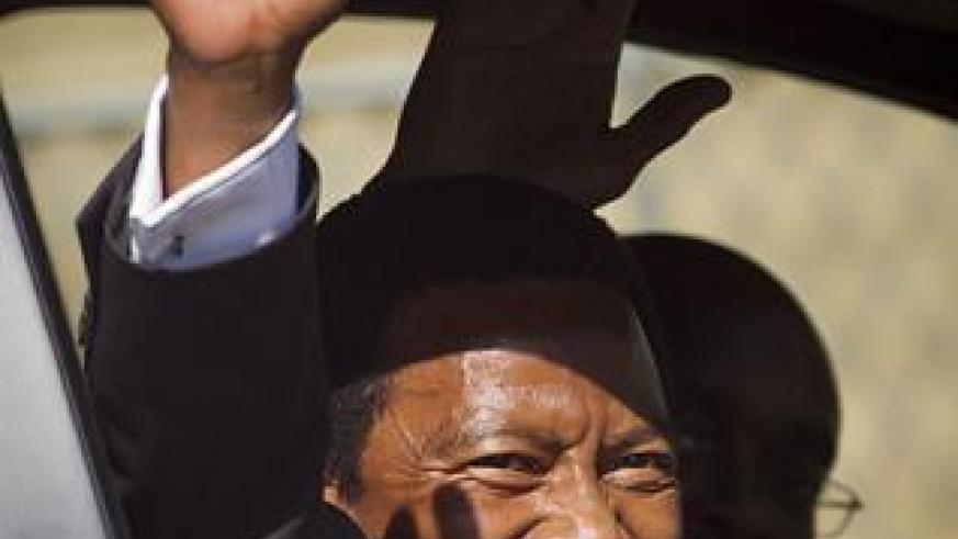King of Nelson Mandela's Thembu tribe defected from ANC to join the Democratic Alliance yesterday. Net photo.