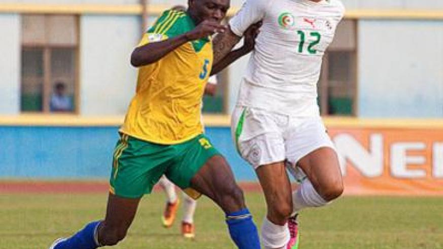 Medie Kagere in action for Amavubi against Algeria in a past World Cup qualifier. The striker is now in South Africa holding trials with Mpumalanga Aces. The New Times / T. Kisambira.