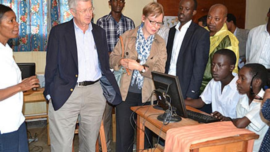 The delegation toured the camp and held discussions with refugees. The New Times/Courtesy