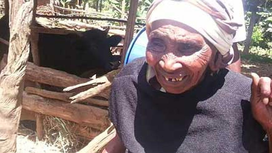 Mirriam Waithara had cataracts removed and can now see again. Net photo.