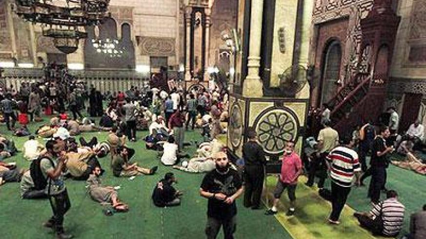 Hundreds of Morsi supporters remained inside the mosque on Saturday morning after barricading themselves in overnight. For relatives of those still inside, it is a worrying time. Net photo.