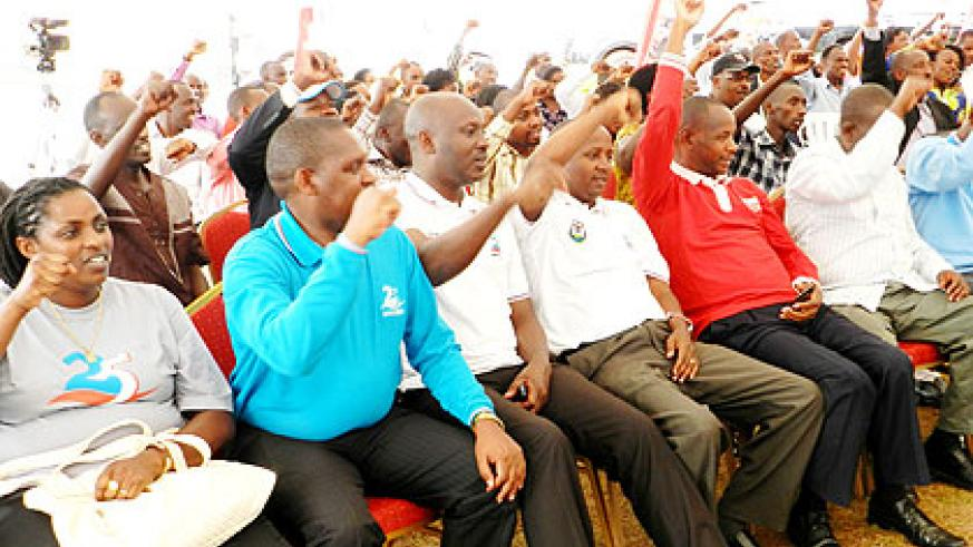 RPF party members cheer during the training. The New Times/ Stephen Rwembeho.