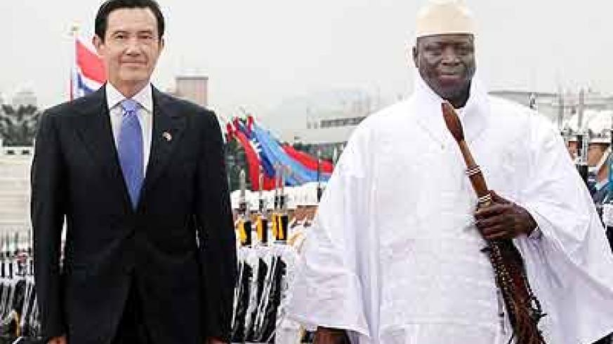 "President Yahya Jammeh, right, says Gambia wants to ""remain friends"" with Taiwanese people. Net photo."