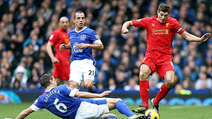 Victory for Liverpool at Everton's Goodison Park ground would send them above Arsenal at the top. Net photo
