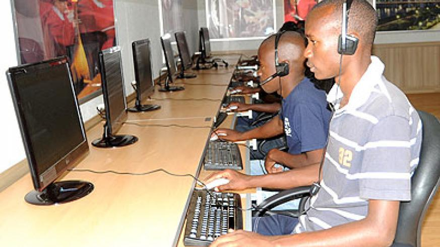 Students in a computer lab. Education Times / T. Kisambira.