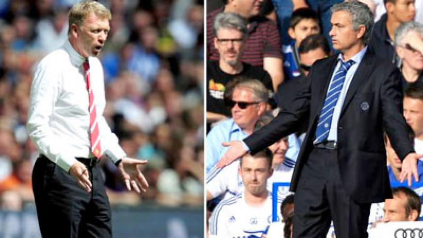 Man United manager David Moyes, left will be hoping his team can find top form against Jose Mourinho's, right, title contender at Stamford Bridge. Net photo