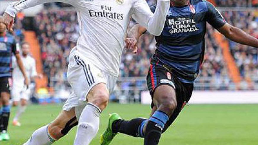 Gareth Bale, left, remains a doubt for Real Madrid's Bilbao trip. Net photo