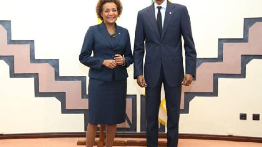 President Kagame poses with the Chancellor of the University of Ottawo, Michaëlle Jean, shortly after the meeting at Village Urugwiro.  Courtesy.