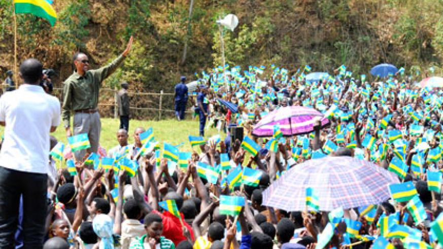 President Kagame arrives to jubilant scenes at Kanyanza ground in Ndiza, Muhanga District, yesterday. Village Urugwiro.